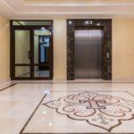 Мраморные полы в холле и в лифте - ЖК Талисман