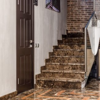 Полы, ступени, подоконники из мрамора - вилла на Лазурном Берегу